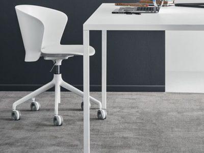 Chaise de bureau moderne Calligaris Bahia roulettes