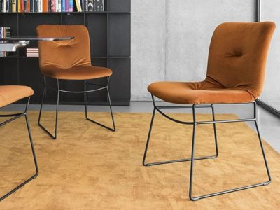 Chaise design matelassée velours orange Calligaris Annie