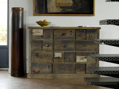 Meuble à tiroirs bois foncé Story