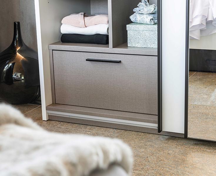 grand tiroir armoire dressing
