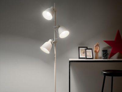 Lampadaire blanc en métal Maur ambiance