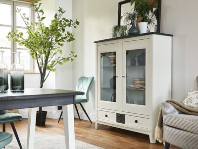 Meuble vitrine en bois style charme Séraphine