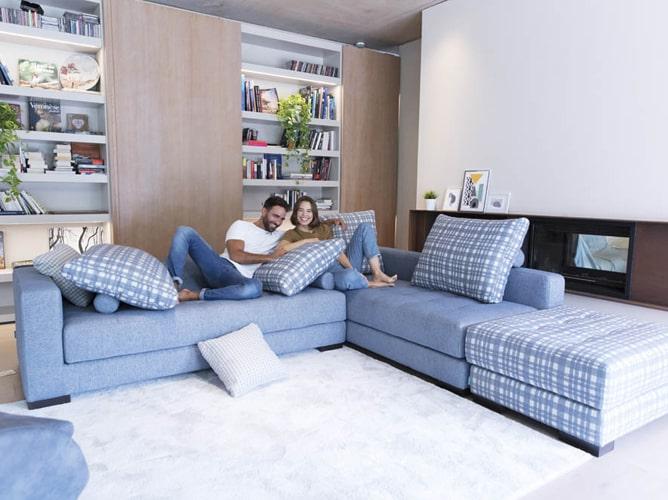 Canapé d'angle contemporain Fama Meubles Bouchiquet