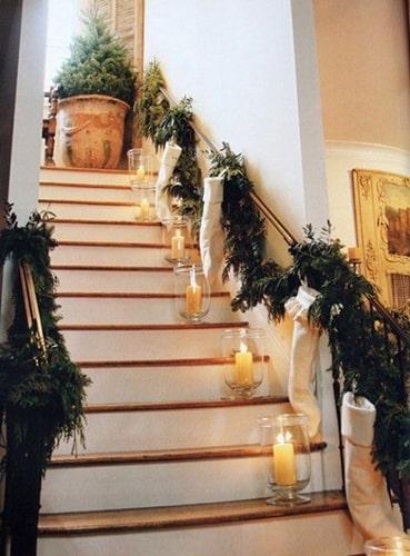 Escalier décoration Noël Meubles Bouchiquet