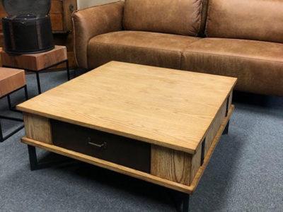 Table basse en chêne carré - promotion