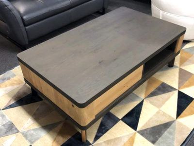 Table basse en chêne style industriel - Promotion