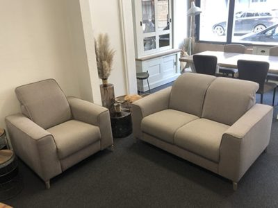 Ensemble canapé 2 places et fauteuil relax tissu beige promo Meubles Bouchiquet